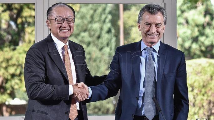 Macri ahora endeuda a la Argentina con el Banco Mundial por U$S 300 millones dedólares
