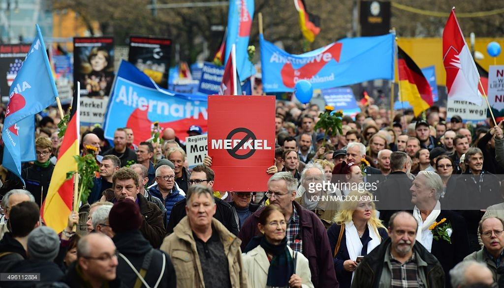 Los alemanes se plantan ante Merkel por sus imposicionesmigratorias