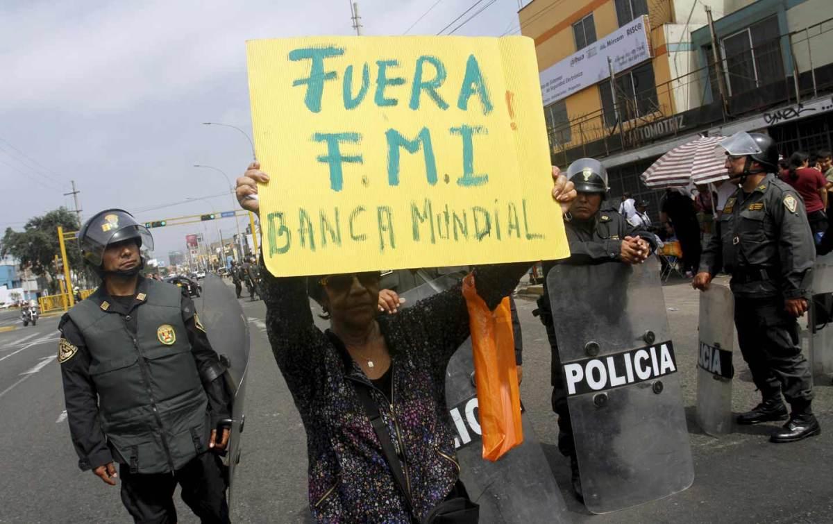 GLOBALIZACIÓN: El FMI y el Banco Mundial han empobrecido el sistema alimentariomundial